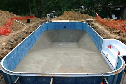 Do it yourself inground pools polarpools 12 completed pool bottom solutioingenieria Images