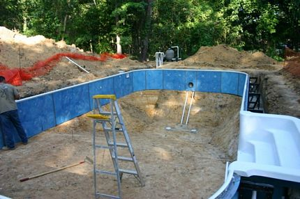 Do it yourself inground pools polarpools 6 brace step and pour concrete collar solutioingenieria Image collections